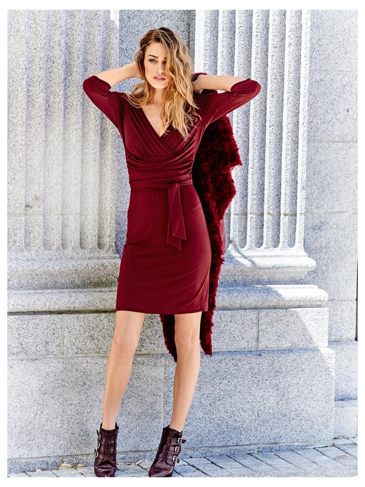 Robe rouge en hiver