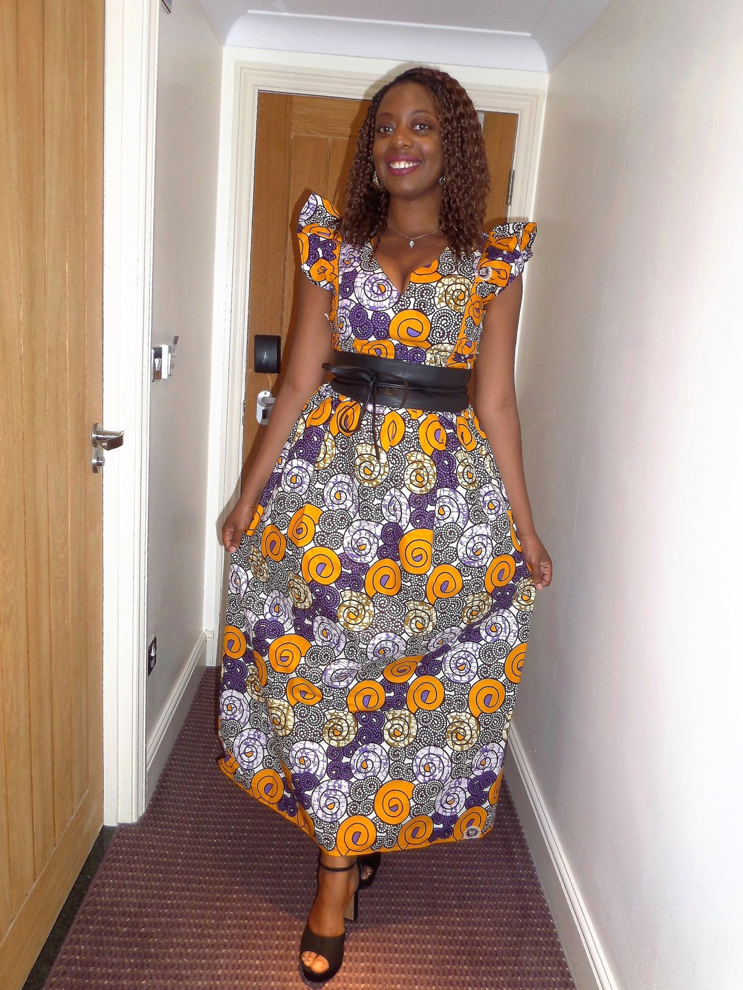 Pagne africain robe. Tenue wax