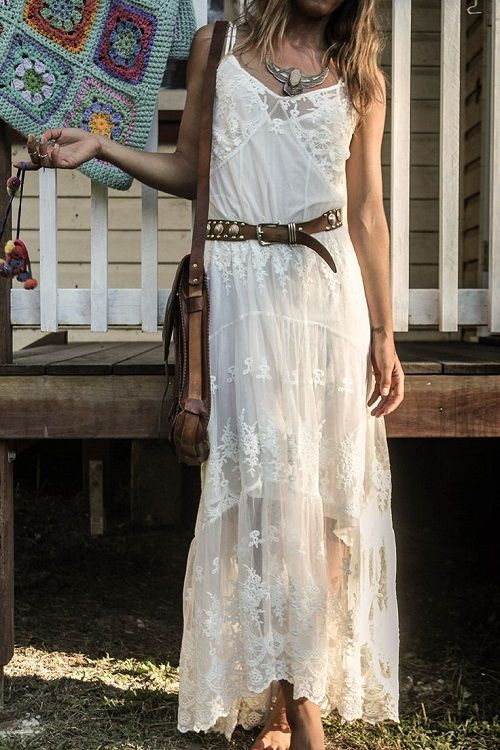 Robe longue blanche dentelle boheme