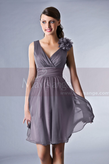 Robe cocktail grise pour mariage