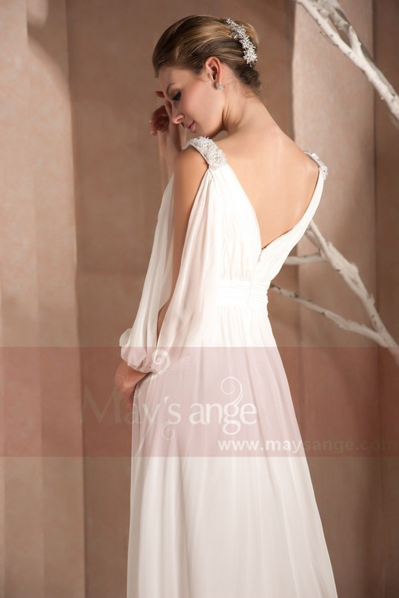 Robe longue blanche avec manches