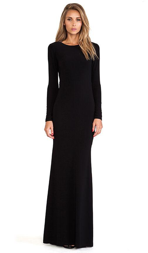 Robe longue noire simple